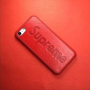 Red phone case ❤️❤️❣️❣️